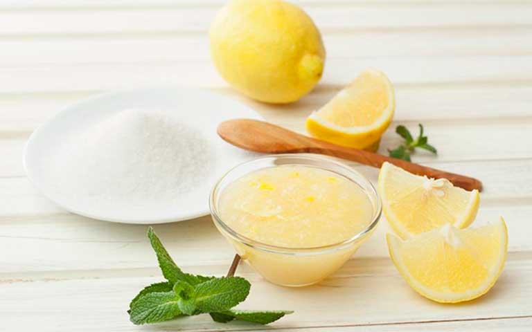 Exfoliante para labios con azúcar y limón