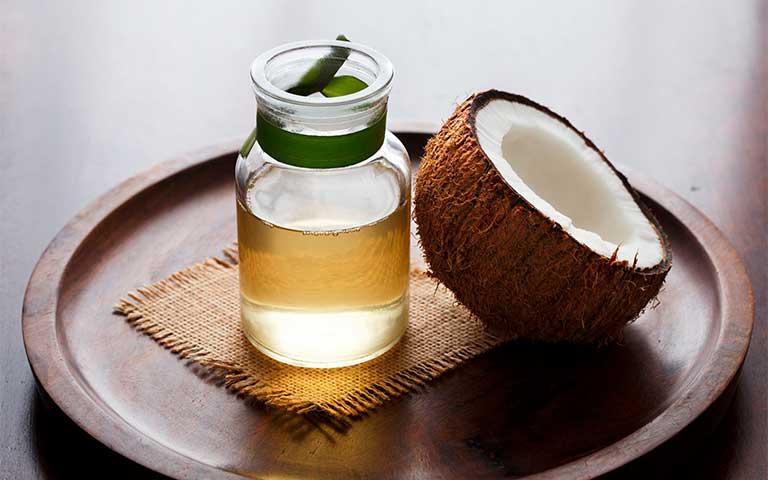 Exfoliante para labios con aceite de coco